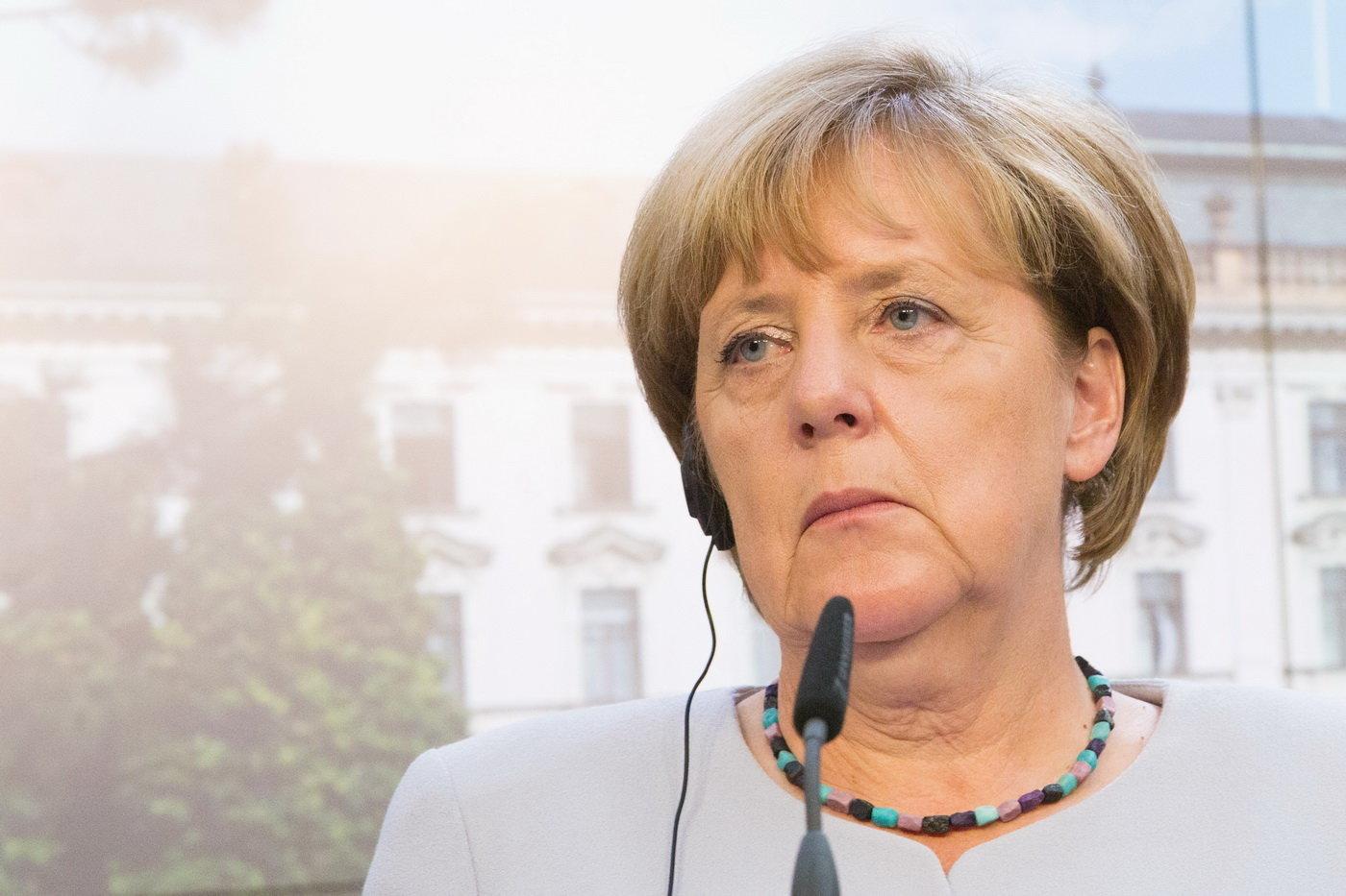 Už o víkendu v Německu proběhnou parlamentní volby, kde si lidé zvolí nové složení spolkového sněmu. Podívejte se na nejzásadnější události, se kterými se musel potýkat dosluhující čtvrtý kabinet kancléřky Angely Merkelové.