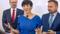 Markéta Pekarová Adamová, v pozadí Petr Fiala a Marian Jurečka